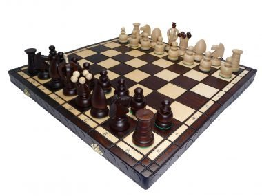 LARGE KING'S CHESS SET
