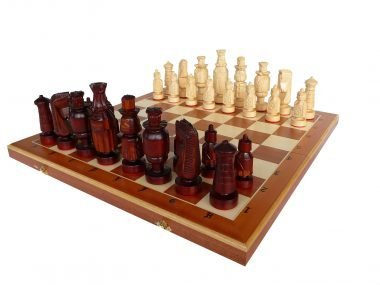 SPANISH COURT CHESS SET