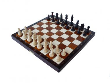 "THE MAGNETIC CHESS ""140"""