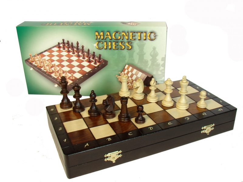 """MAGNETIC CHESS """"140"""""""
