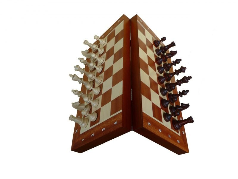 """MAGNETIC CHESS """"140F"""""""