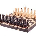 CHERRY PEARL CHESS SET