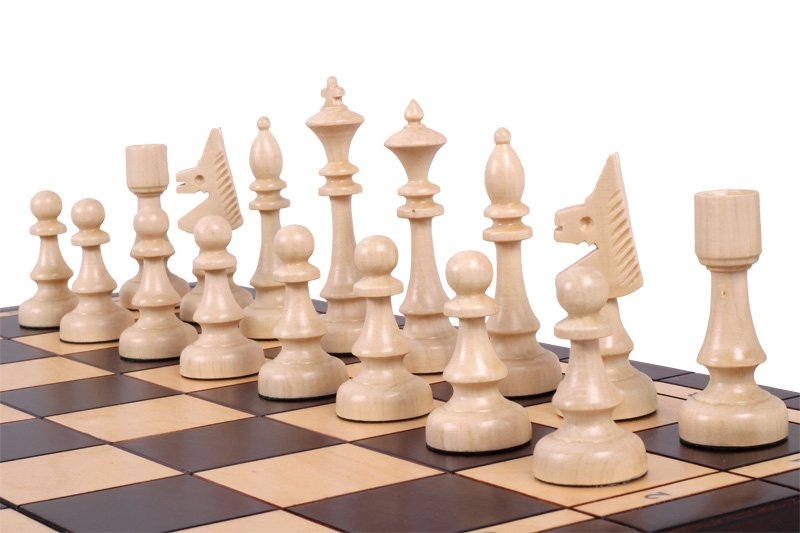 CLUB CHESS SET