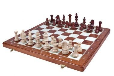TOURNAMENT CHESS No 95