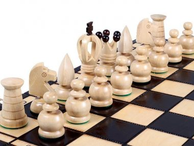 KING'S CHESS SET(L)