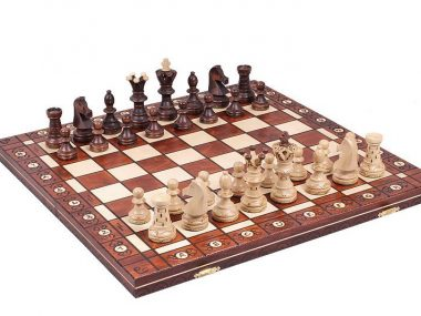 AMBASSADOR CHESS SET