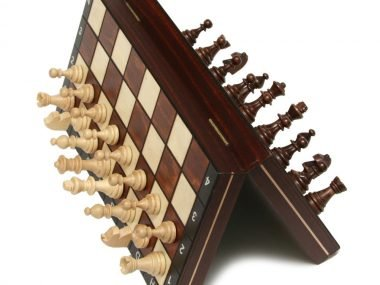 "MAGNETIC CHESS ""140S"""