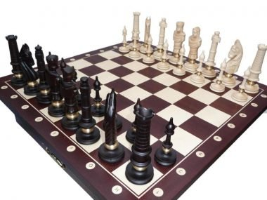 Chess Table Plus Pieces