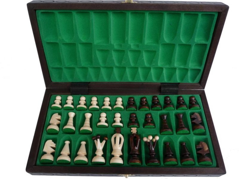 KING'S CHESS SET(M)