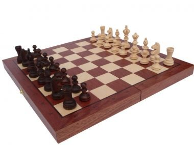 MEDIUM OLYMPIC CHESS SET