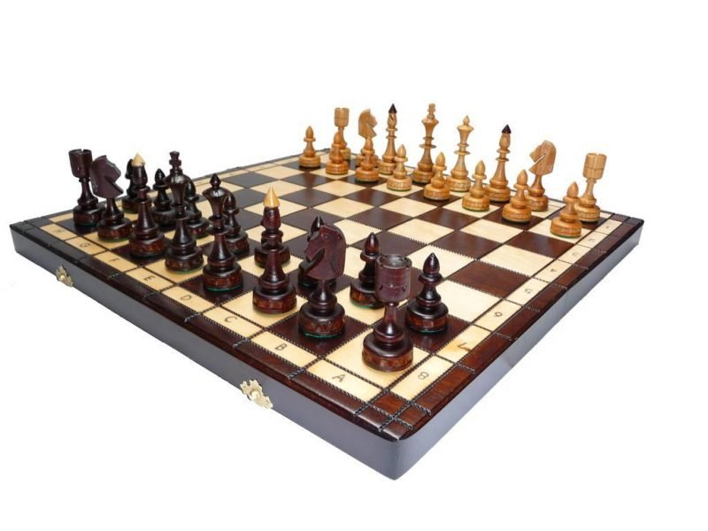 SMALL INDIAN CHESS SET