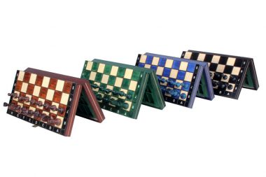 "THE MAGNETIC CHESS ""140S"""
