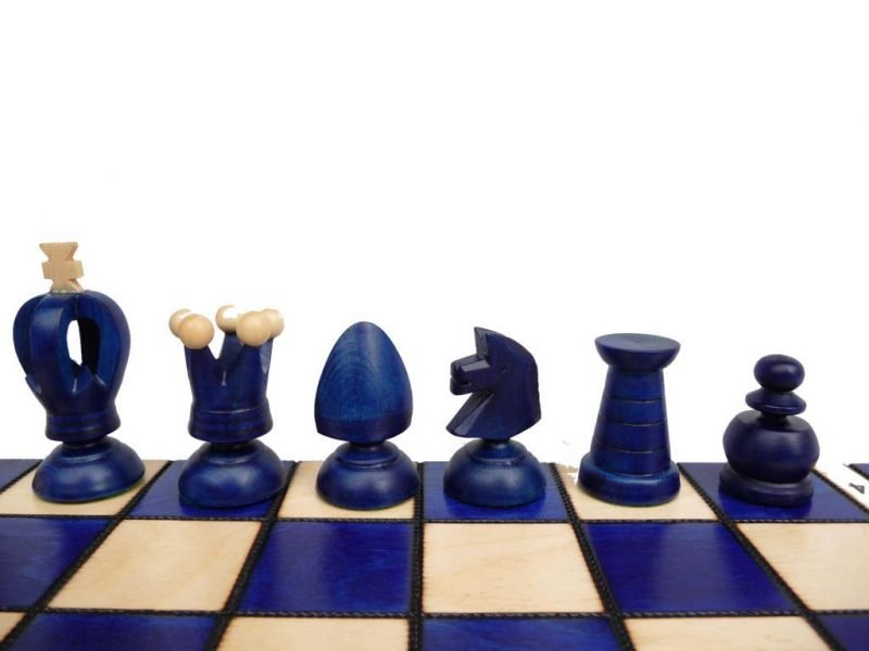 LARGE KING'S CHESS SET BLUE