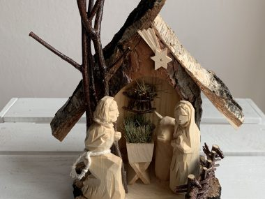 SMALL CHRISTMAS CRIB