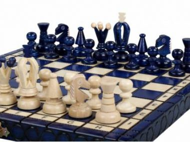 KING'S CHESS SET(S) BLUE